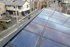 職人が設置する太陽光発電